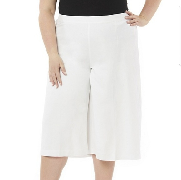 3c4760364b745 Catherine s plus size gaoucho pants nwt